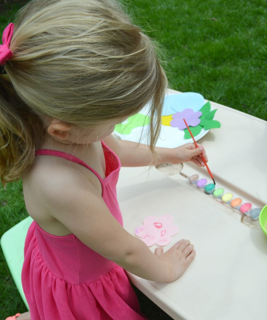 Preschoolers will love making these adorable DIY felt straw toppers
