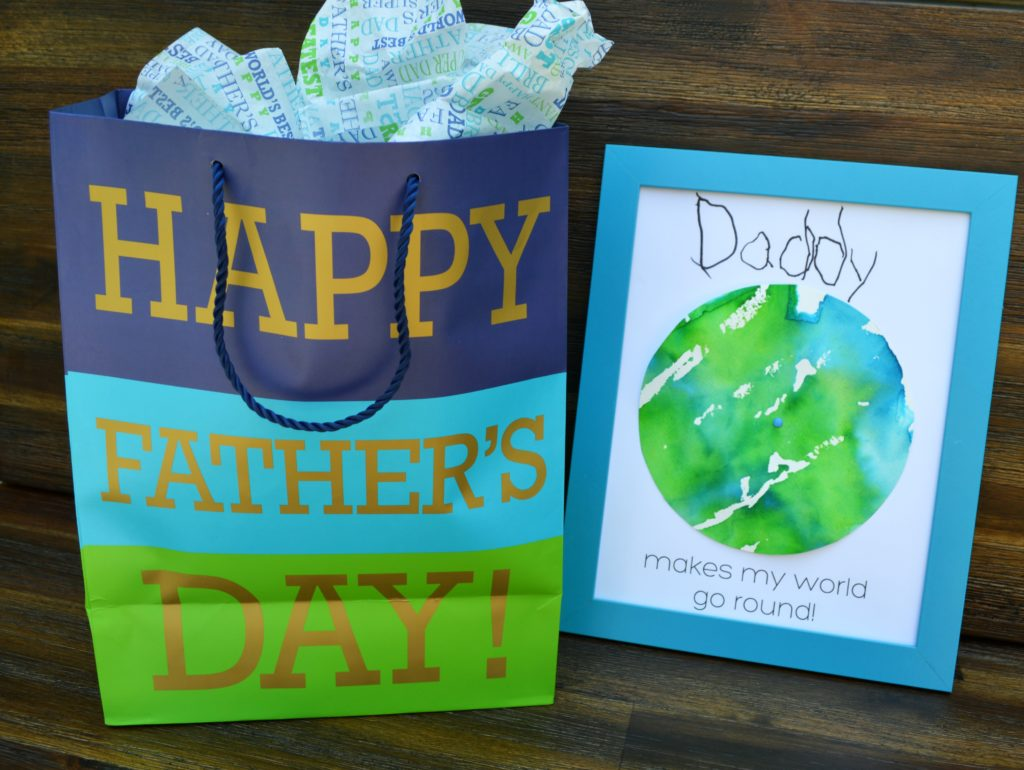 Make Father's Day special with this adorable spinning world craft