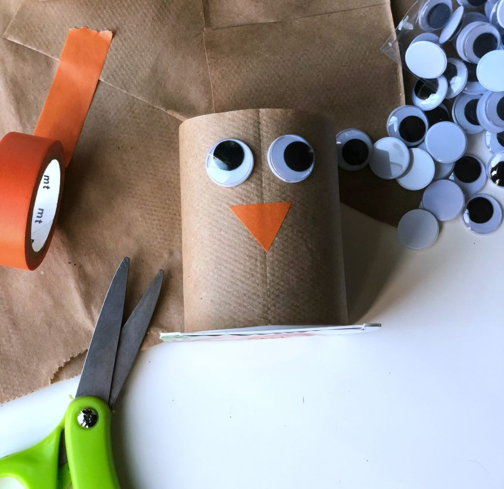 Make this adorable yogurt cup turkey craft just in time for Thanksgiving