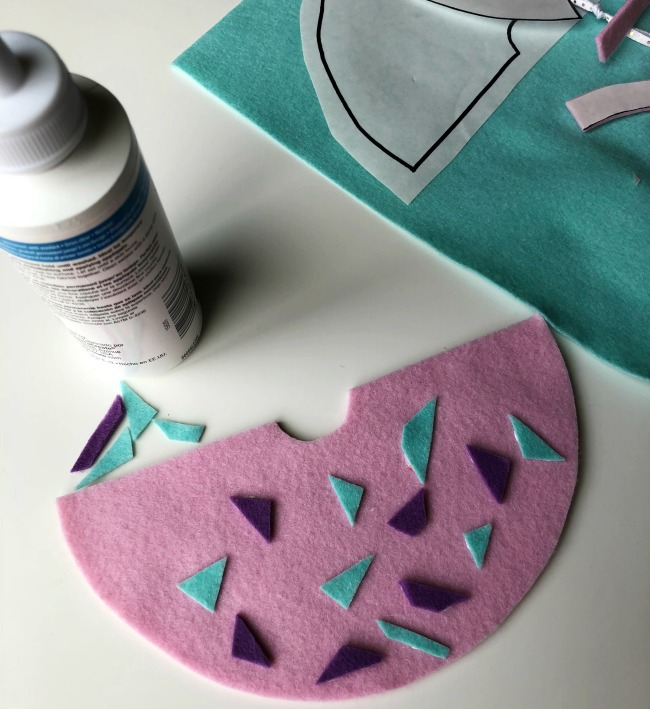 Decorate your very own felt angel ornament craft